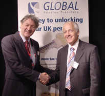 Darrell Todd of Thinking Australia and Clive Herrald, Director of Global Pensions Transfers.